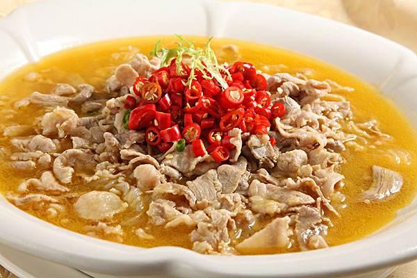 酸汤肥牛,冬季开胃出汗的美食首选!
