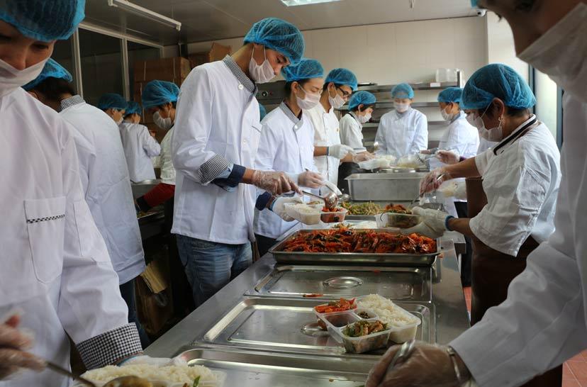 六和义厨房分餐间操作规范及卫生管理制度