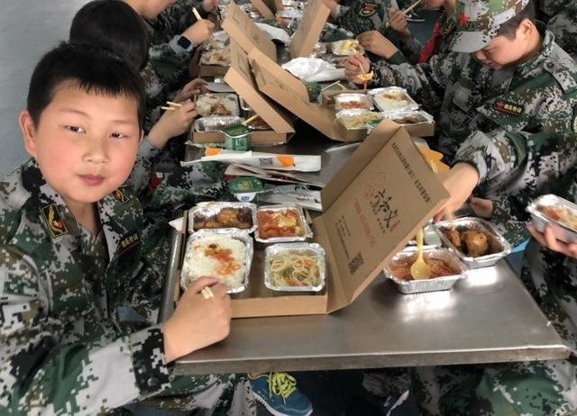 學生研學餐
