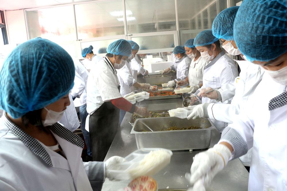 六和义快餐为您提供最贴心的日韩精品免费无码专区服务!